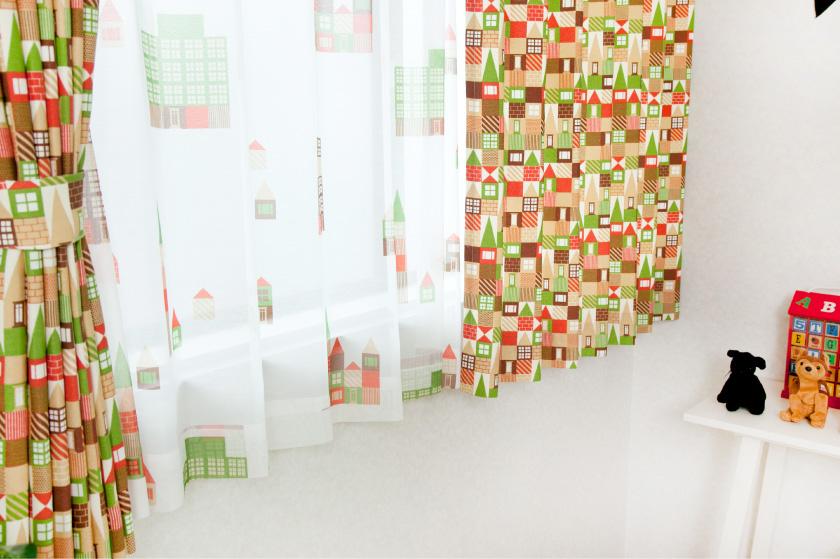 全体積み木柄でも優しい色合いなので子供部屋はもちろんリビングにもおすすめ