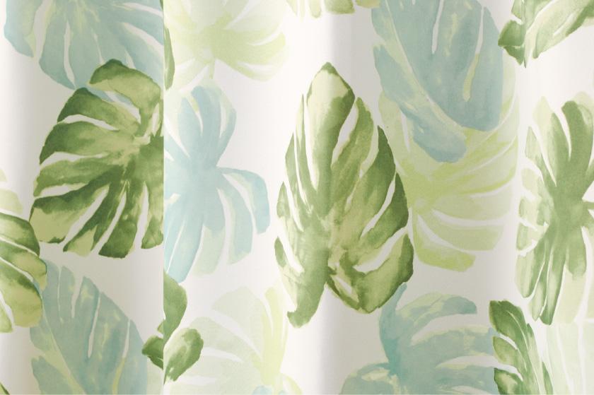 モンステラの葉を全面にプリントしたハワイアンな既製カーテン