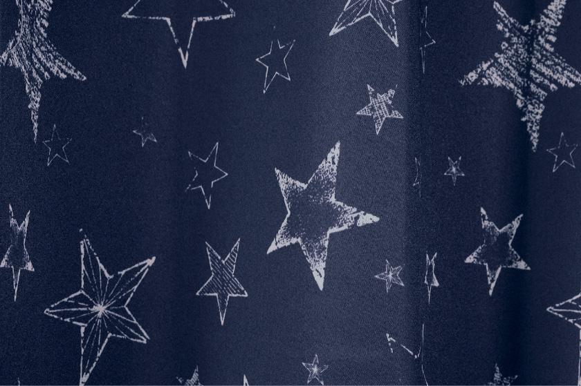 子供部屋にもおすすめのスター柄4枚セットカーテン