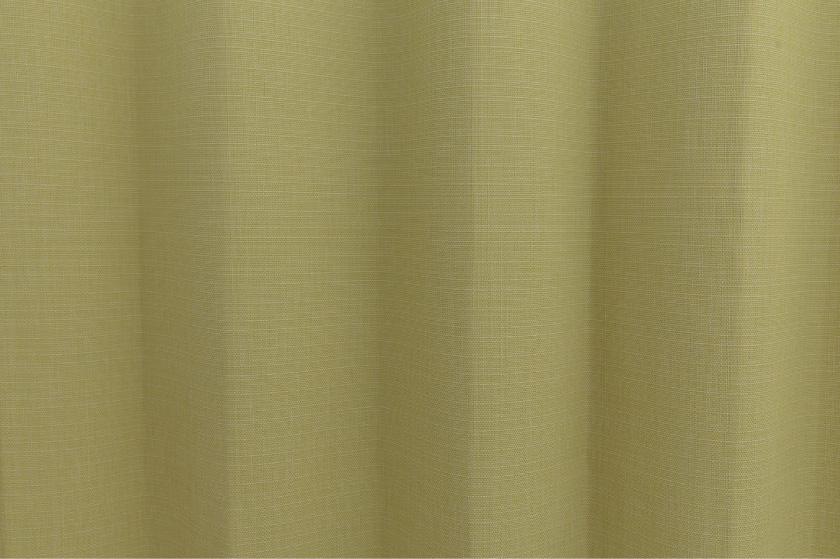 イエローカーテンは元気で明るいリビングになります